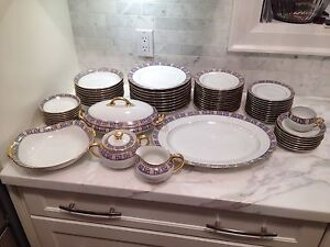 64 piece Limoges dinner set. Gold luxury