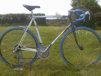 racing bike raleigh equipe vintage road racer cycle