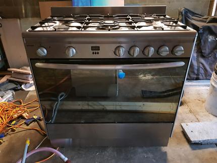 Omega 90cm stainless steel oven