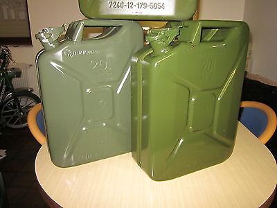 4 Stück Bundeswehr 20L Einheitskanister Kraftstoffe Benzin/Diesel/Mischung NEU!!