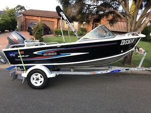 2009 boat Quintrex 430 escape with Yamaha 40hp