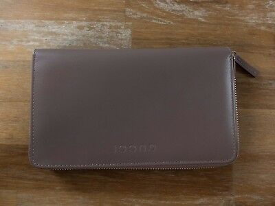 GUCCI zip-around leather continental wallet authentic - New in Box