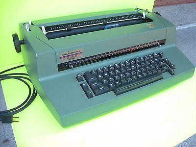 Vintage Ibm Selectric Ii Correcting Typewriter Green Color Rare