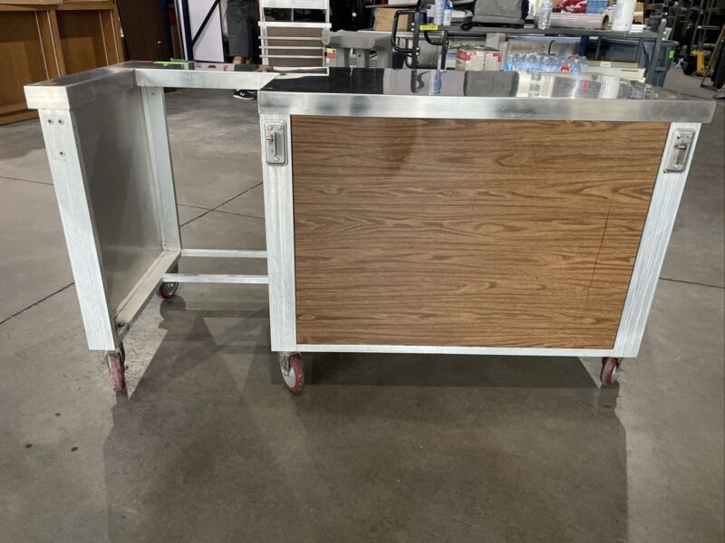 fishing cleaning table