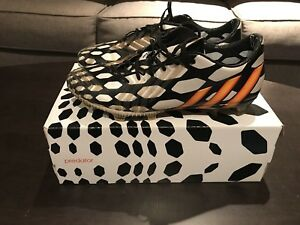 4 pairs of soccer cleats for 100. Size 8.5 all high end
