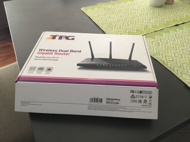 TPG Wireless Dual Band Modem   Other Electronics