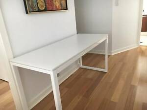 Large Desk - White Northbridge Willoughby Area Preview