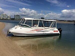 2010 POWERCAT Partycat   2x115 HP Suzuki 4 stroke outboards Runaway Bay Gold Coast North Preview