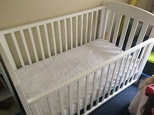 Lovely baby Cot, mattress Kensington Eastern Suburbs Preview