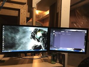 Complete dual monitor gaming setup/keyboard/mouse/headset
