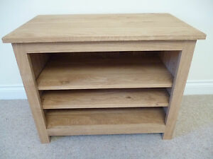 Tall oak tv unit stand cabinet or hifi unit ideal in the living room or lounge ebay for Tall tv stands for living room