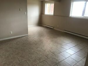 2 BEDROOM HEAT AND LIGHTS - EAST