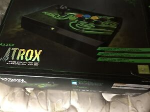 Razer ATROX game controller and razer Carcharias gaming headset