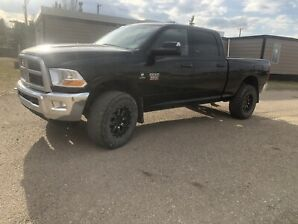 2010 Dodge Ram 3500 Diesel LOW KM!!!