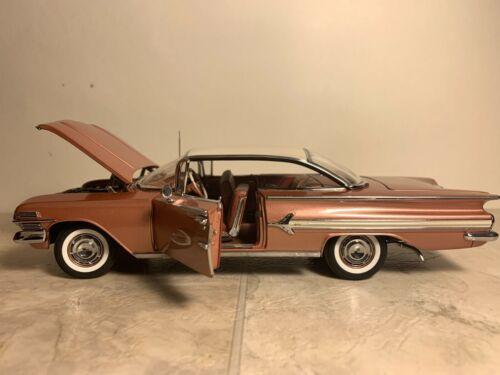 Danbury Mint 1960 Chevy Impala Sport Coupe (LE) 124 Diecast