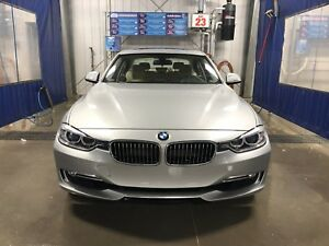 2013 BMW 328i X-drive Luxury Package - REDUCED!