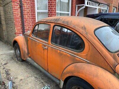 Classic orange 1972 Volkswagen Beetle