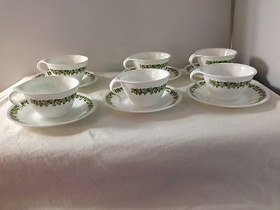 CORELLE CRAZY DAISY SPRING BLOSSOM 6 SETS CUPS HOOK HANDLE AND SAUCERS  GREEN