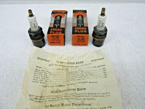 "NEW IN BOX Vintage Antique Trojan No. 002  Spark Plugs (2)  7/8"" 1936-1941   dp*"