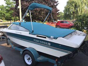 Boat Four Winns