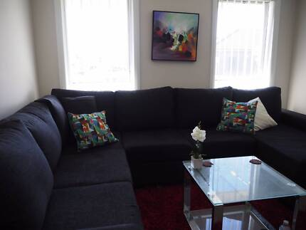 MUST SELL FAST! Large Corner Lounge with chaise Elderslie Camden Area Preview