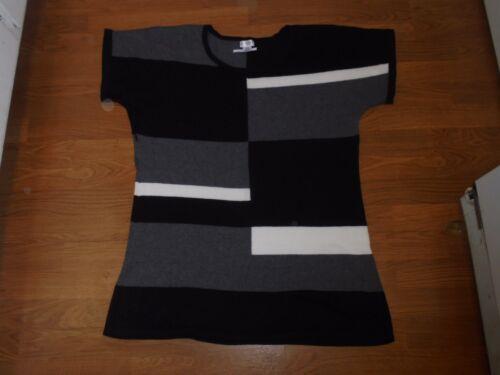 Motherhood Maternity gray, black, ivory tunic sweater shirt size XL
