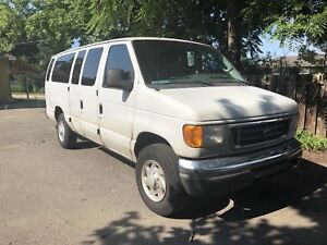 2006 ford E 350 van - no special license needed