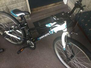 Vélo fille Louis Garneau Stella roues 24 cadre alu super cond.