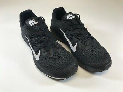 Nike Men's Zoom Winflow Size 10 (A106)