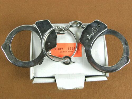 Vintage  in the Box Fury Model 15915 High Security Locking Handcuffs Spain