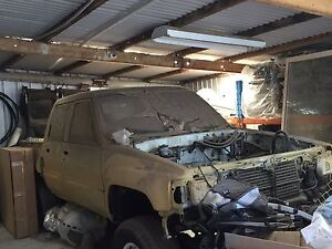 Toyota hilux 85 Eden Park Whittlesea Area Preview