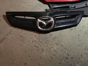 Grille Mazda 3 2004 a 2009