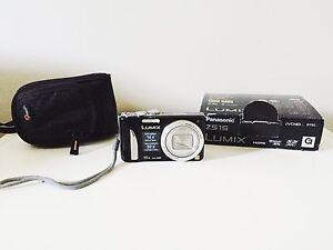 Camera Panasonic Lumix Z515