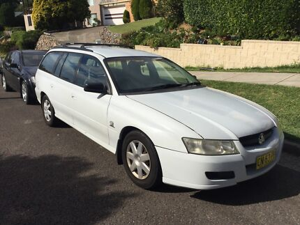 2005 VZ Executive Commodore Wagon Merewether Heights Newcastle Area Preview