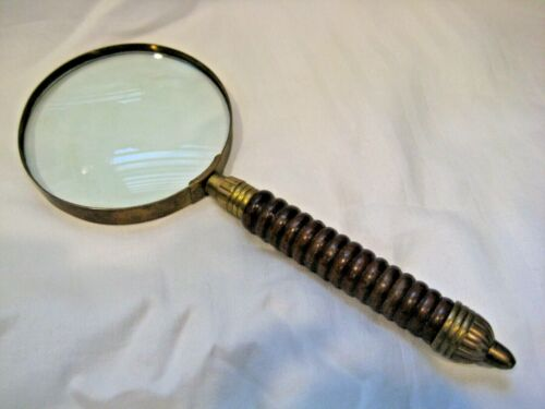 ANTIQUE VINTAGE BRASS WOOD THICK HEAVY MAGNIFYING GLASS 10""