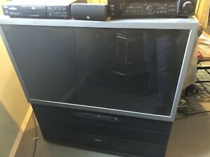 """52"""" projection Tv"""