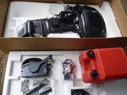 MAXUS 30hp Two stroke outboard motor (Brand new)
