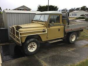 1977 Land Rover (4X4) Series 3 Ulverstone Central Coast Preview
