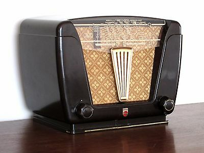 Radio Grill Cloth Pattern #20: Satin Gold Crosshatch/Floral on Matte Gold Field