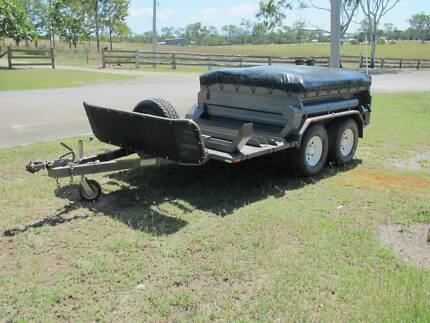 Camper trailer toy hauler tandem axle 2009 model Calliope Gladstone Surrounds Preview