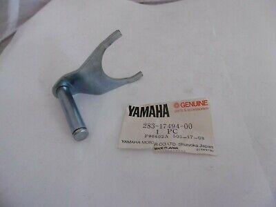 <em>YAMAHA</em> GENUINE NOS TRANSMISSION CHANGE FORK 283 17494 00 SS50 FS1E FS1