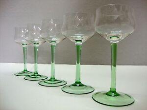 5 alte Weingläser antik Art Deco hellgrüner Stiel/Fuß mit Luftblasen 20er 40er