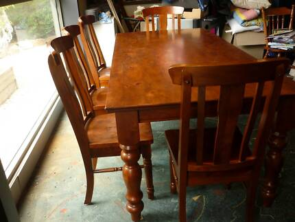 Timber Dining Table Littlehampton Mount Barker Area Preview