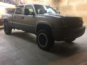 2007 LBZ Loaded Duramax Silverado 2500HD