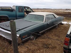 1969 Chrysler New Yorker NO RUST No motor or transmission