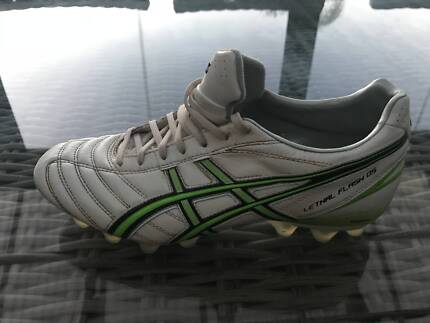 Asics Lethal Flash DS Football Boots - Size 9.5 US