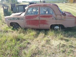 SOLD  2WD/4WD farm cars for parts and restoration! Plus tractor Bundarra Uralla Area Preview