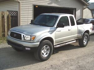 Looking for 2000-2004 Tacoma 4x4