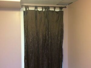 8 curtains