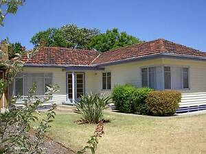 Three Bedroom House for rent in the heart of the township Finley Tocumwal Berrigan Area Preview